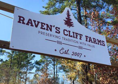 Raven's Cliff Farms Shreveport Christmas Sign
